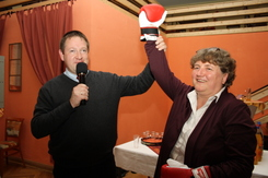 Nominiert: Kirsten Tackmann mit Boxhandschuh, ©Bianca Bodau